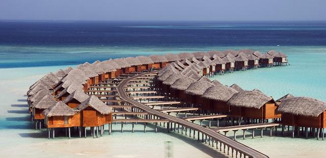 Hoteles con caba as sobre el agua en las maldivas for Hoteles super lujo maldivas