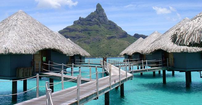 hoteles sobre el agua