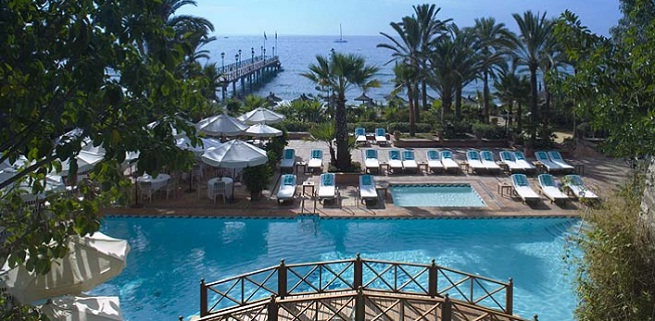 Mejores hoteles de playa en espa a for Hoteles minimalistas en espana
