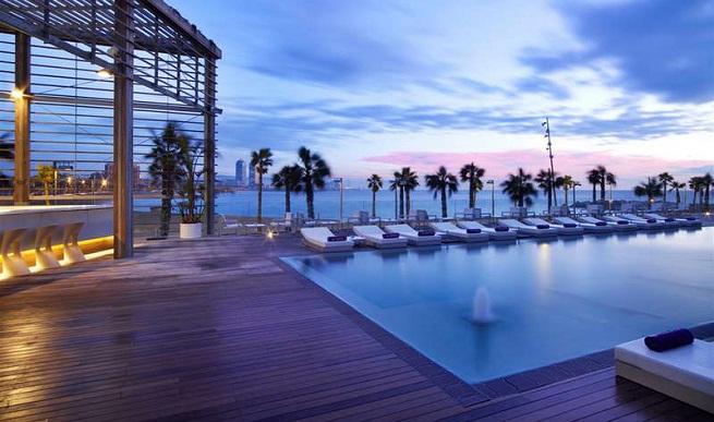 Mejores terrazas de hotel en espa a Hoteles en barcelona ciudad