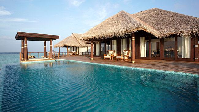Kihavah resort en las islas maldivas for Islas maldivas hoteles en el agua