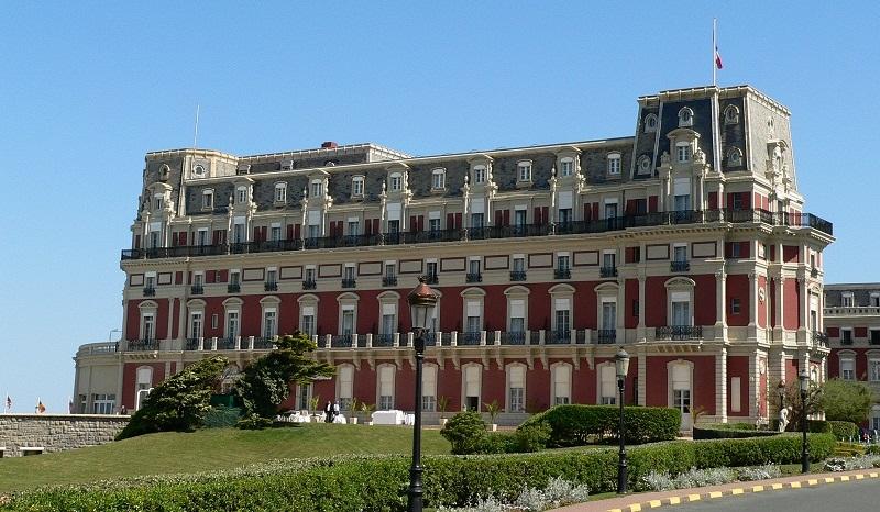 Hotel du palais el mejor resort de biarritz for Listado hoteles 5 estrellas madrid