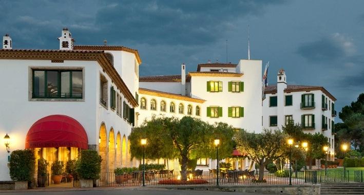 Hostal de la gavina lujo en la costa brava for Hotel la gavina