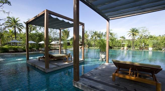Las mejores piscinas de hotel del mundo for Hoteles en conil con piscina