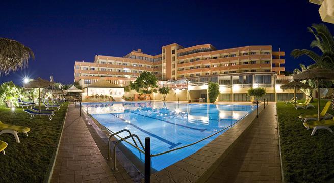 Hotel Setar  En El Sur De Cerde U00f1a