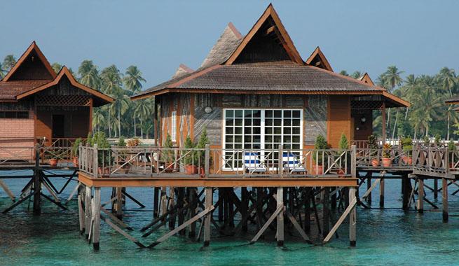 Hoteles con caba as sobre el agua for Cabanas en el agua bali