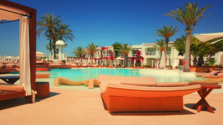reservas hotel verano 2